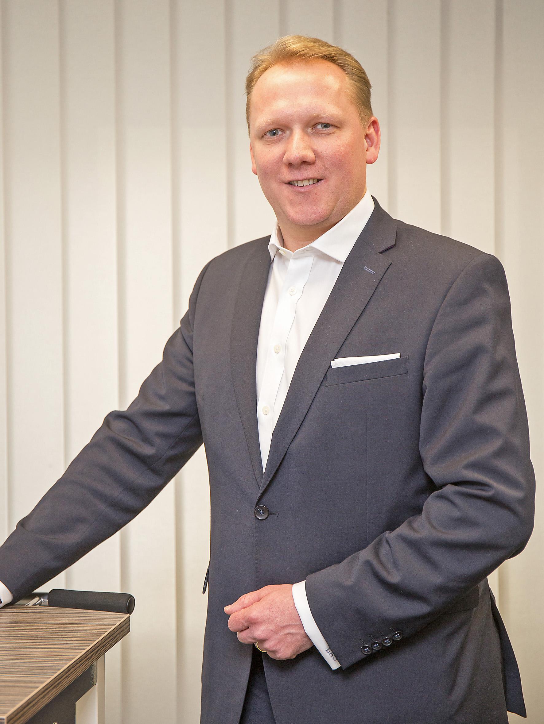 Seit dem 1. Februar 2017 verstärkt Lutz A. Schneppendahl die Geschäftsführung der beiden Unternehmen.